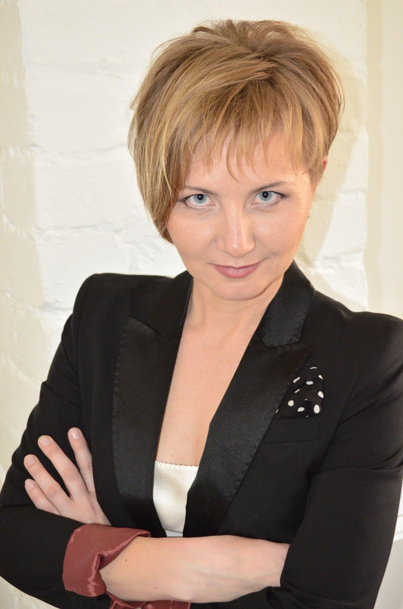 Наташа Веселова